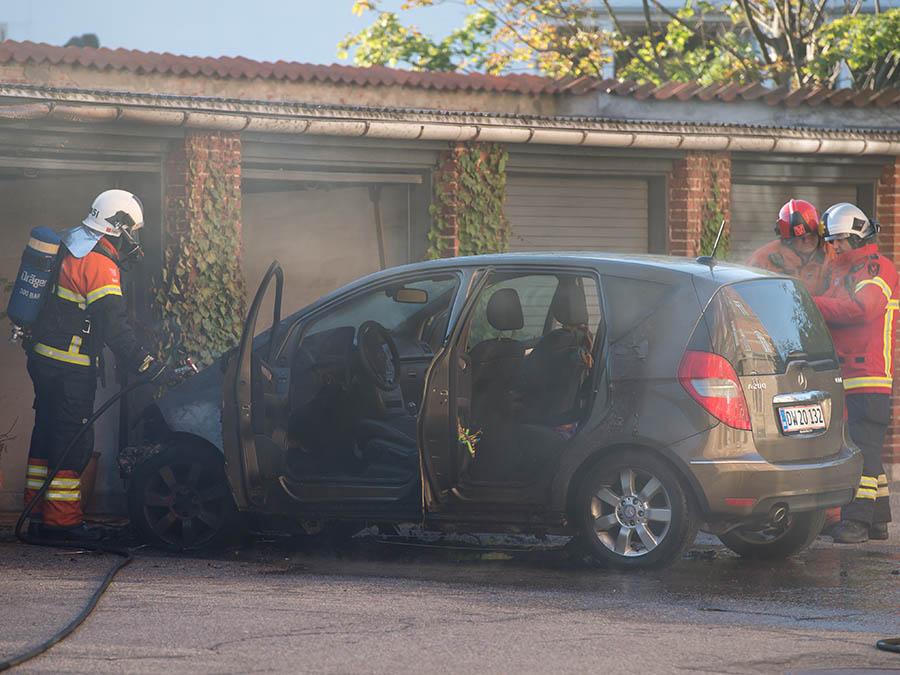 Ild i Bil på Ahlmanns Alle nr. 4 i Hellerup